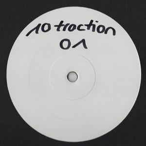 10Traktion 01