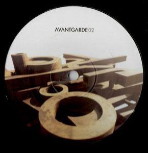 Avantgarde 02