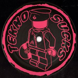 Tekno Sucks 017