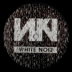 cover: | White Noiz 04